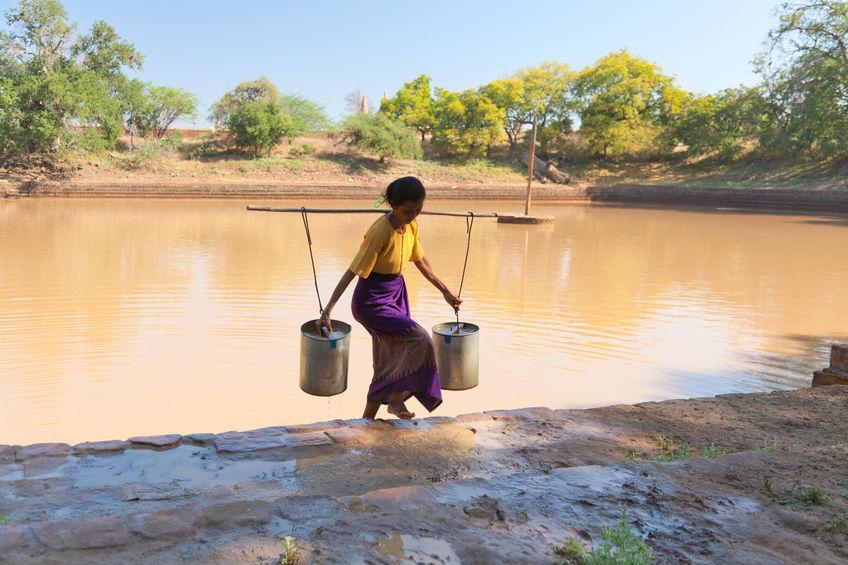2,5 mil millones de personas carecen de instalaciones de saneamiento