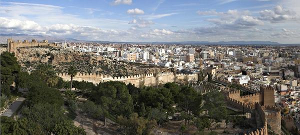 Almería pide la bajada de precio del agua desalada