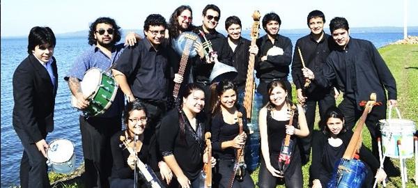 """Jóvenes de Paraguay crean """"Sonidos de la tierra"""", una orquesta con instrumentos reciclados"""