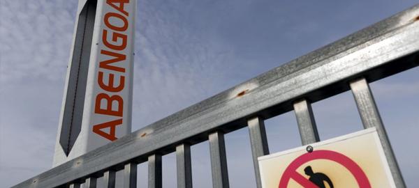 La banca pone en venta los 5.000 millones de deuda de Abengoa