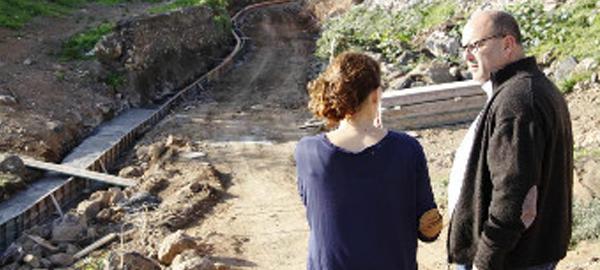 Escaladores expertos para arreglar el colector del barranco del Tundidor