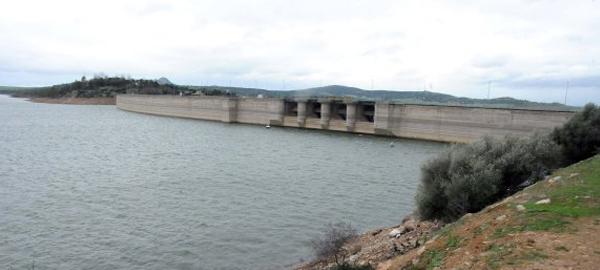 Las presas extremeñas pierden un 14% de su capacidad en 2015
