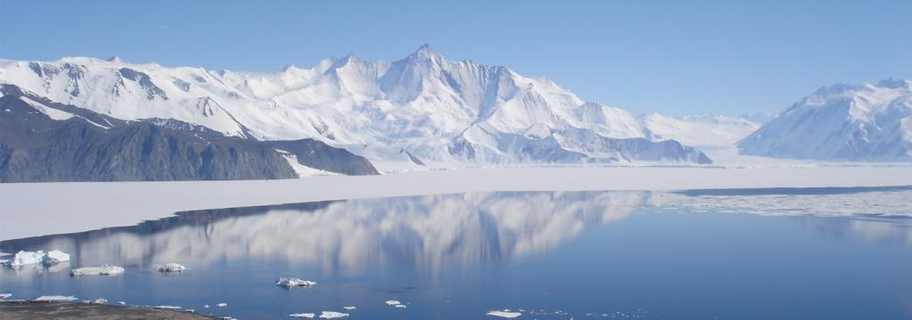 Un gran cañón escondido bajo el hielo de la Antártida