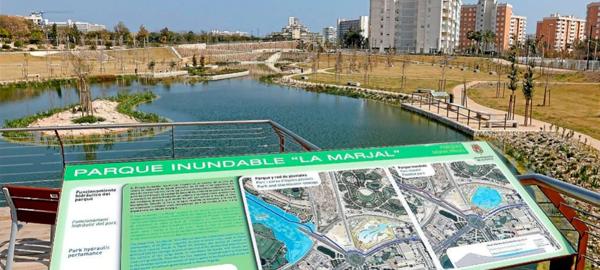 Un parque inundable para evitar inundaciones en la playa
