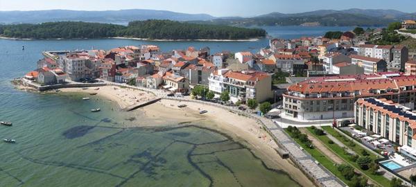 Aguas de Galicia se compromete con el saneamiento de Arousa