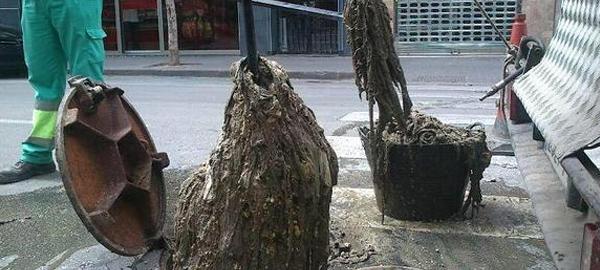 Las toallitas íntimas, un problema para el saneamiento de las aguas residuales