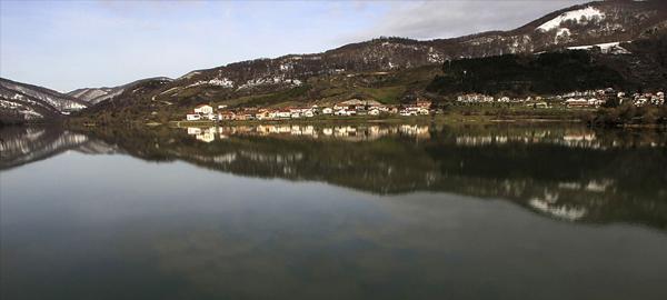 Los embalses de la cuenca del Ebro, a más del 75% de su capacidad