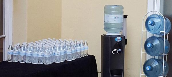 670 personas se intoxican en Barcelona por beber agua mineral contaminada