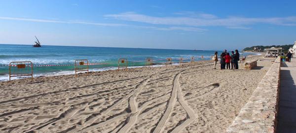 Altafulla cuenta con la primera playa de Europa que permite recargar móviles con la presión del agua