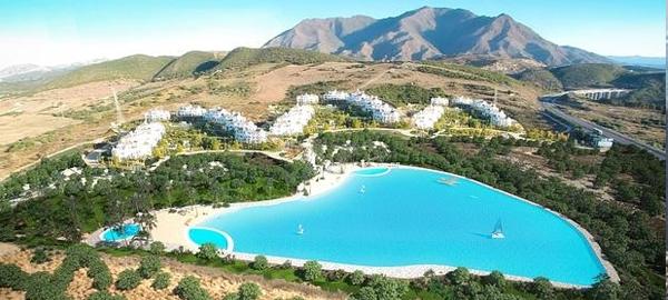 Construyen en m laga una laguna artificial de aguas for Construir laguna artificial