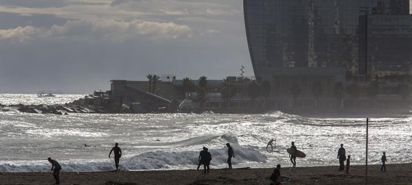 Europa pide que se prohíba bañarse en 58 playas y ríos españoles