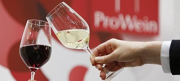 ¿Se puede convertir el agua en vino en 15 minutos?