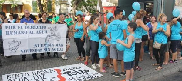 Sevilla garantizará el acceso al agua a personas en situación de emergencia social