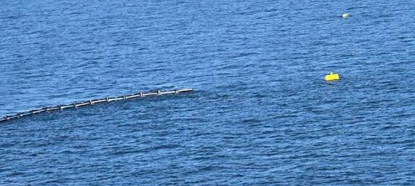 Flotantes gigantes para limpiar el océano
