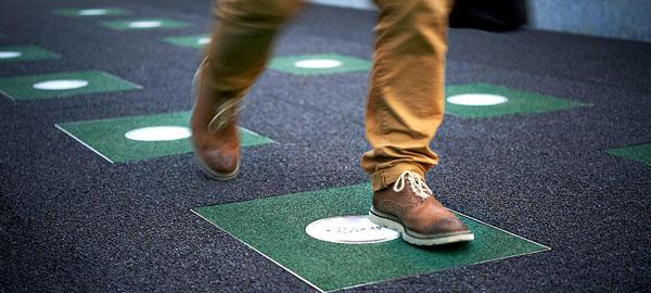 Pavegen, un pavimento que transforma las pisada en energía limpia
