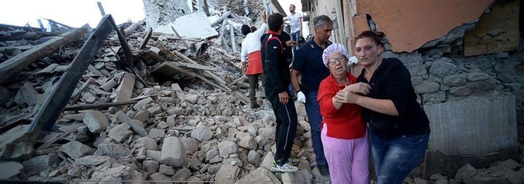 Un fuerte terremoto de 6,2 grados sacude el centro de Italia