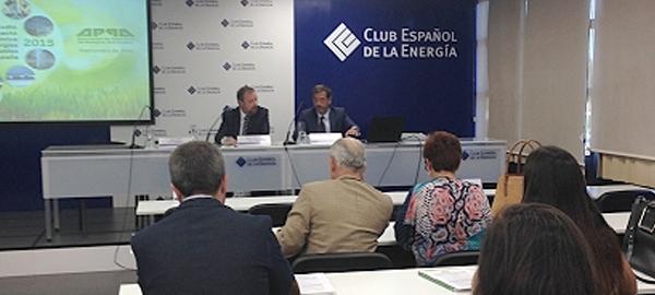 Las energías renovables retroceden más de un 3% en España
