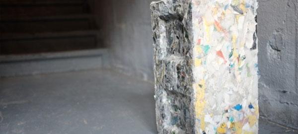 Una empresa que transforma el plástico de los océanos en ladrillos