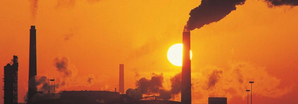 Los humos ahogan el Día Internacional del Cambio Climático en España