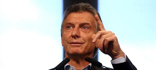 Argentina invertirá 22.000 millones de dólares en agua potable y cloacas