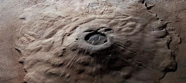 Marte podría tener grandes reservas de agua en su interior