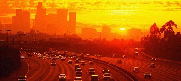 California probará un sistema que obtiene energía renovable del tráfico de las autopistas