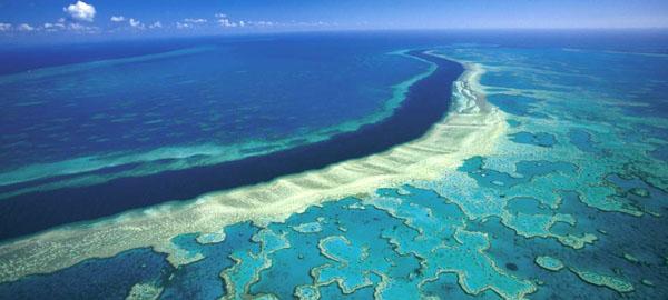 Nubes-m%c3%a1s-brillantes-podr%c3%adan-salvar-a-la-gran-barrera-de-coral
