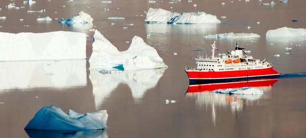 El cambio climático expone al Ártico a nuevas amenazas, incluido el tráfico marítimo