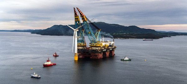 Avanza la construcción del mayor parque eólico marino