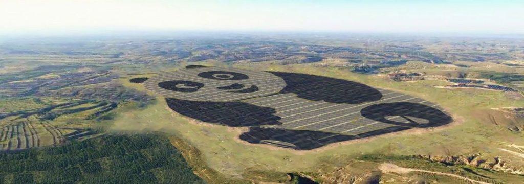 China inaugura una planta solar en forma de oso Panda