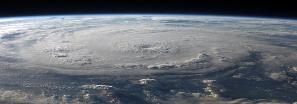 ¿Está el cambio climático detrás de la virulencia de Harvey e Irma?