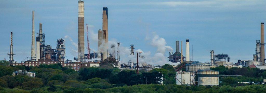 Francia prohibirá la producción de hidrocarburos