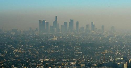 La contaminación del aire y la pobreza aumentan el riesgo de TDAH en niños
