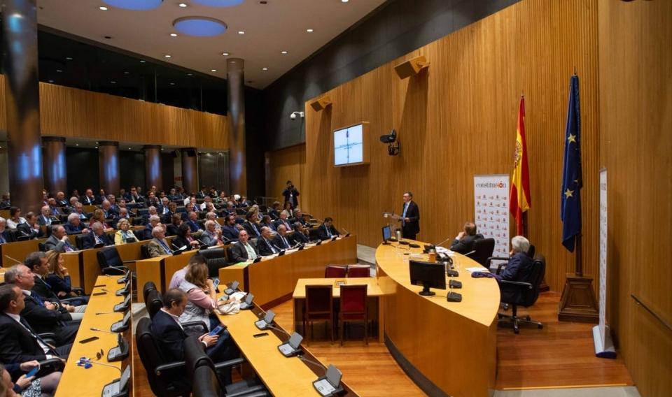 """Angel Simón: """"La colaboración público-privada se ha consolidado como un modelo de éxito"""""""