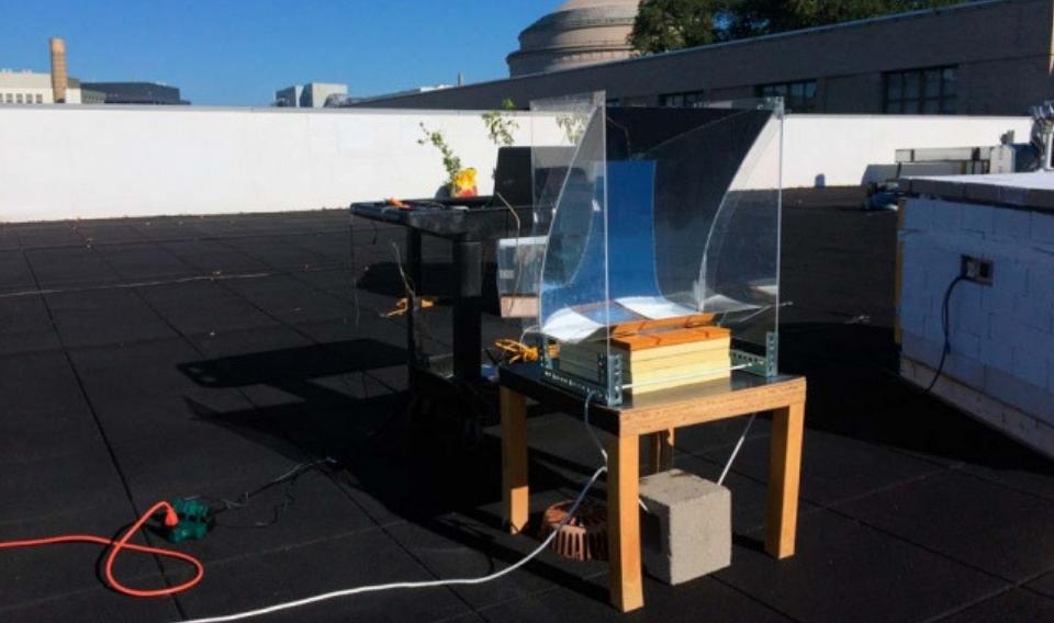 El MIT logra un dispositivo de bajo coste que genera vapor 'sobrecalentado'