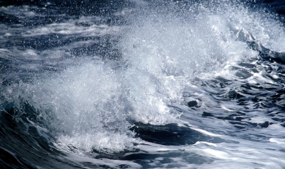 Investigan la viabilidad de la captura de energía del mar en la isla de El Hierro