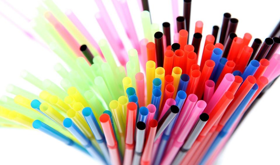 Nestlé toma medidas contra el uso de plástico en sus envases