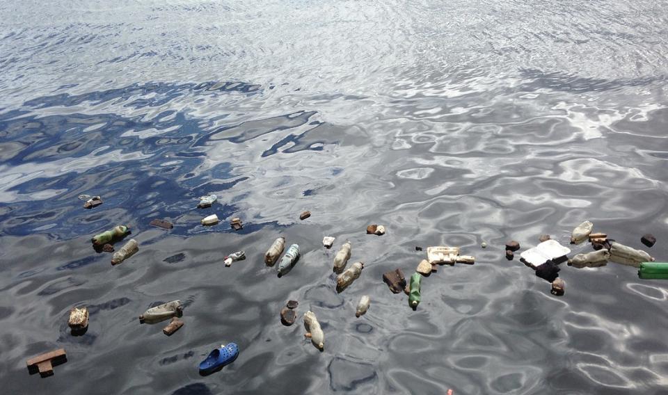Se multiplica por diez el plástico en el Atlántico Norte desde el año 2000
