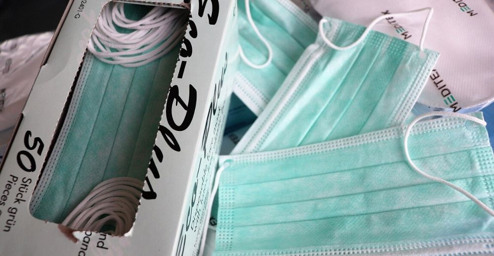 Mascarillas y guantes, nueva basura masiva en los océanos